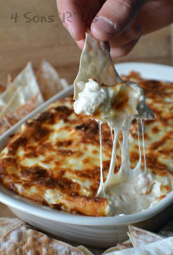crab-rangoon-dip-with-wonton-chips-2