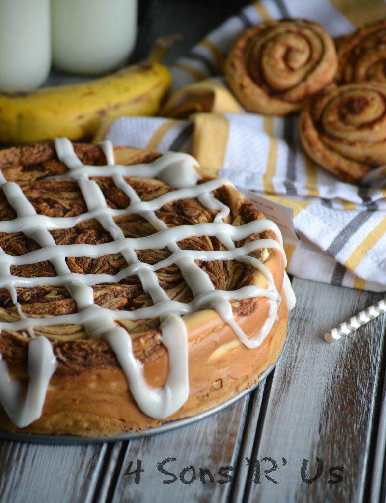 Cinnamon Roll Cheesecake 6