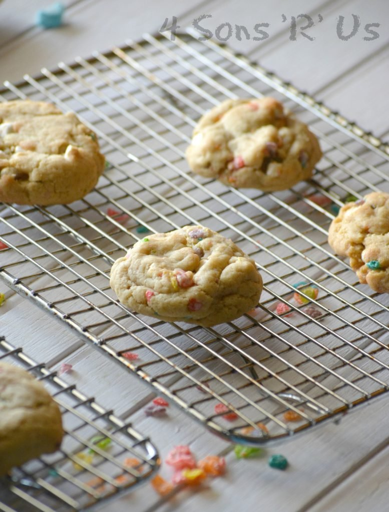 Marshmallow Fruity Pebble Crunch Brown Butter Cookies 3