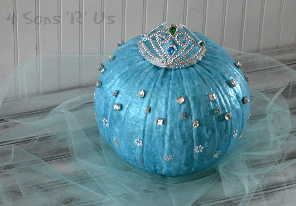frozen-queen-elsa-pumpkin-2