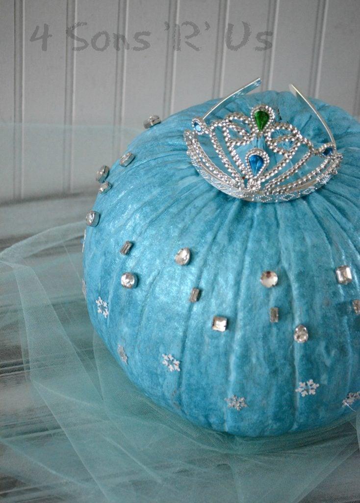 frozen-queen-elsa-pumpkin-3