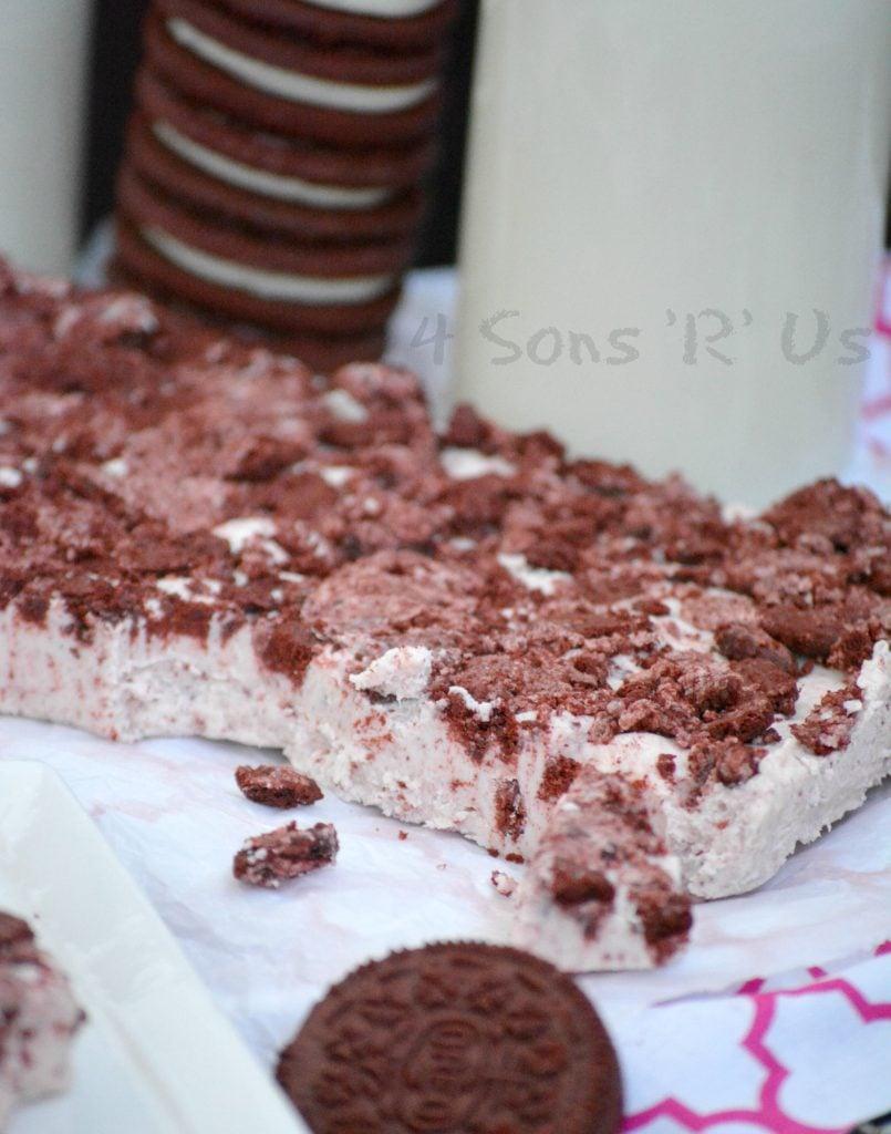Three Ingredient Red Velvet Oreo Fudge