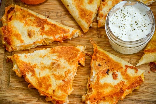 Extra Cheesy Buffalo Chicken Quesadillas 4 Sons R Us