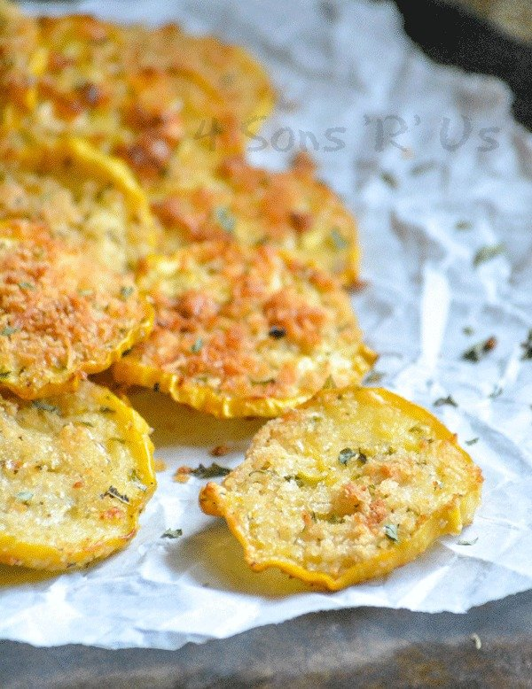 Crispy Garlic Parmesan Squash Chips