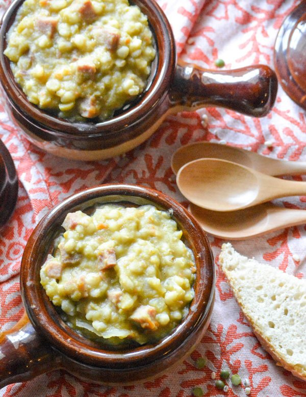 Slow Cooker Split Pea Ham & Barley Soup