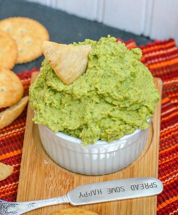 Nonna's Healthy Green Hummus