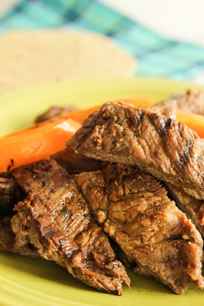 Easy Garlic Cilantro Lime Steak Fajitas