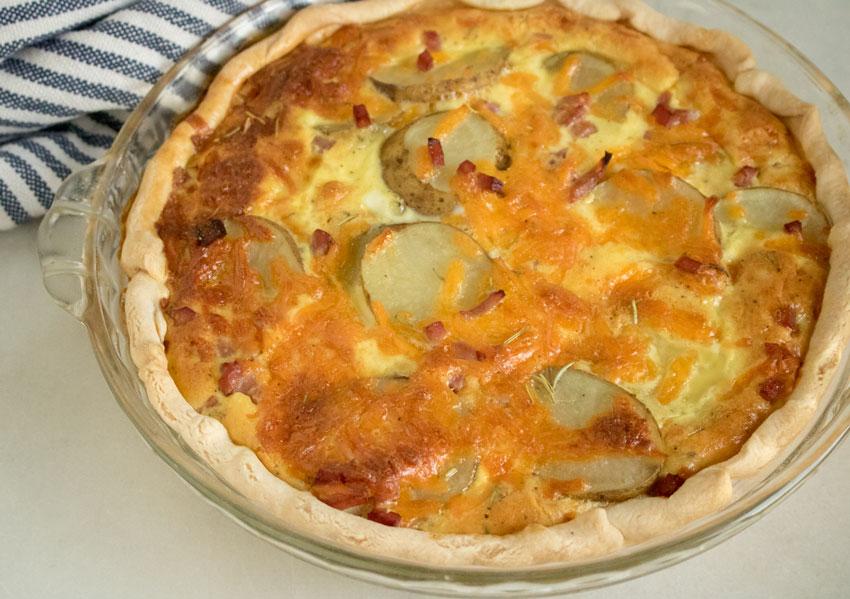 Cheesy Ham & Potato Quiche